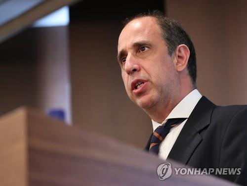 """정부, 탈북단체 사무검사 두고 유엔과 대립...""""국제인권법 준수했다"""""""