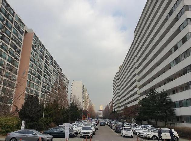 [단독] 재건축 실거주 2년, 배우자·부모·자녀가 채워도 인정