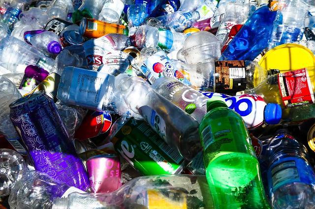 [NNA] 中, 일회용 플라스틱 사용실태 보고 의무화... 온라인 쇼핑몰 등