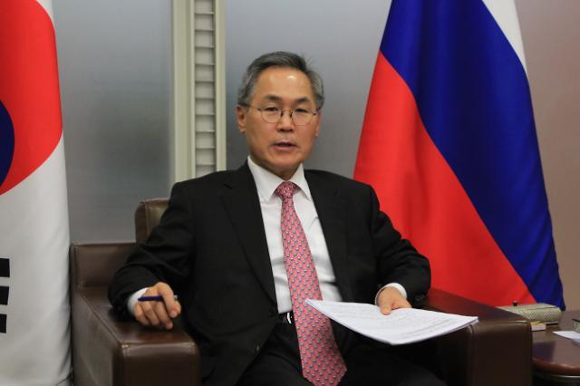 文대통령, 우윤근 전 주러대사 러시아에 특사 파견