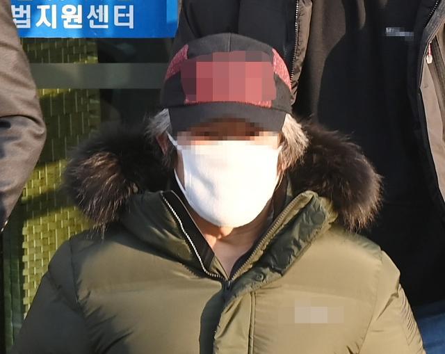 """법원 """"조두순, 피해자 접근·심야출입 금지"""" 결정"""