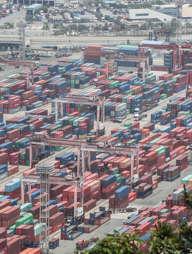 11월 수출물가 전월 대비 0.8% 하락…환율 급락 여파