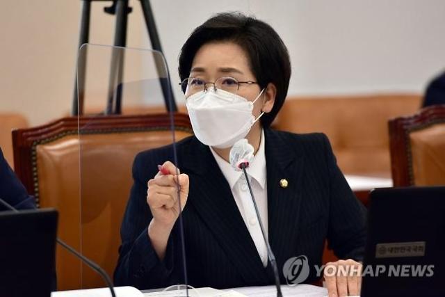 """양향자 """"기업에만 모든 책임 말아야"""" 중대재해법 소신…박홍배와 충돌"""