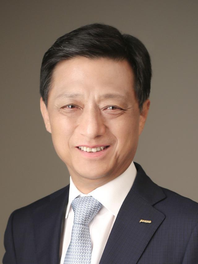 '연임' 최정우 포스코 회장, 2기 체제 위한 '혁신 인사' 단행