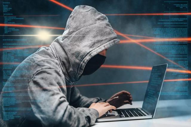 유튜브 영상 따라하다 악성코드 감염될라…진화하는 사이버범죄