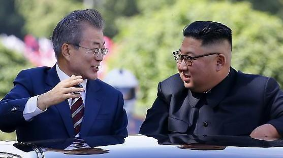 [진전없는 남북] ①대북전단 냉탕에 빠져 허우적 된 文정부