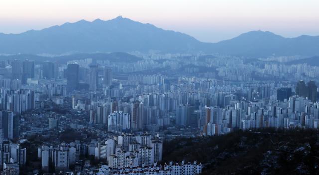 [2021 부동산 전망] 초저금리·전세난…수도권 패닉바잉 더 심해진다