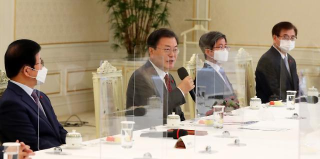 文대통령, 이낙연과 지난 주말 靑회동…개각 논의했나