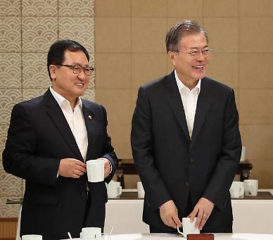 대통령 비서실장 유영민·민정수석 신현수 유력…靑, 이르면 오늘 발표(종합)