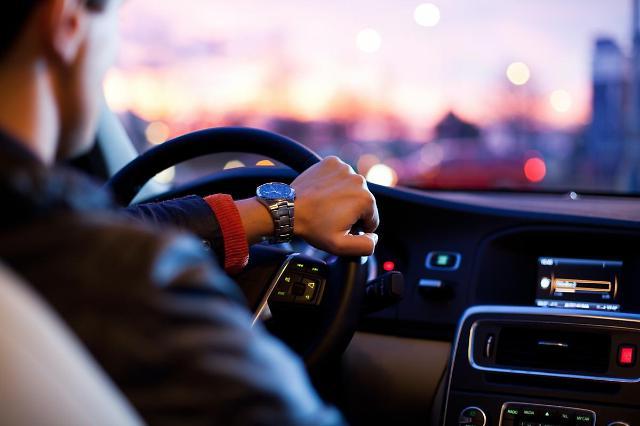 [NNA] 말레이시아 외국운전면허증 자국용으로 전환 작업 재개
