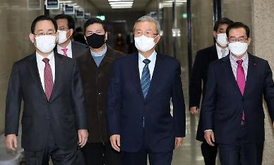 """安 단일화 '블랙홀' 국민의힘…""""정치공학만 남았다"""""""