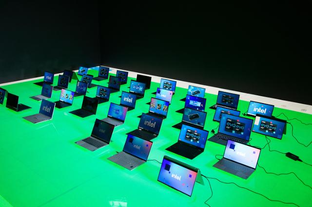 "[CES 2021] 인텔 ""작년 게임 시간 60% 늘었다""…고성능CPU 수요 공략"
