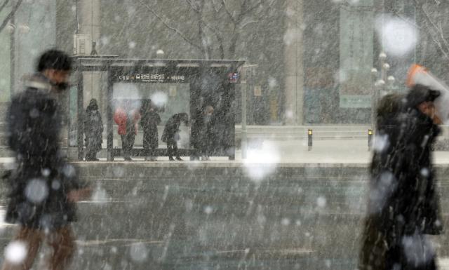 首尔再次迎来降雪天气