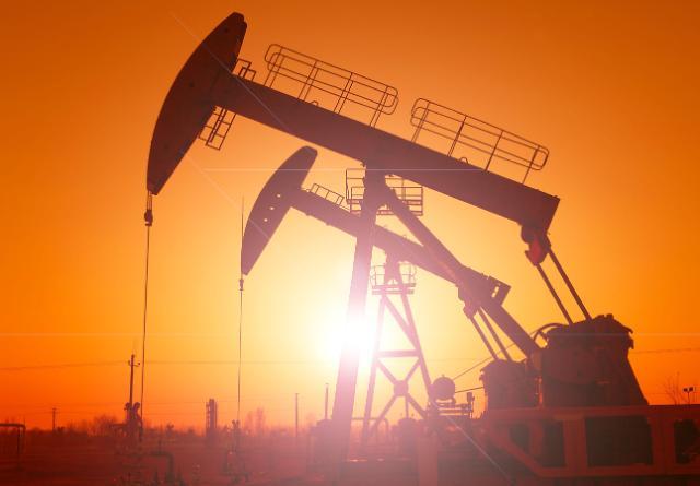 [석유시장 동향] 국제유가, 코로나19 이전 수준 회복···공급과잉 우려 해소 덕