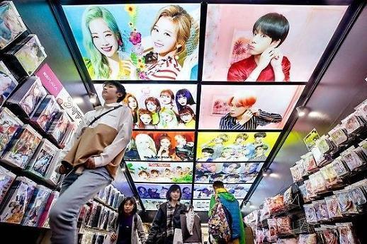 樱花妹爱上韩国欧巴 韩流文化风靡日本