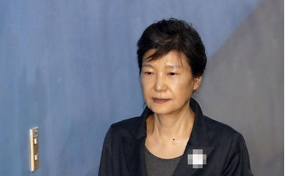 [종합] 박근혜 징역 20년 확정…사면논란 재점화