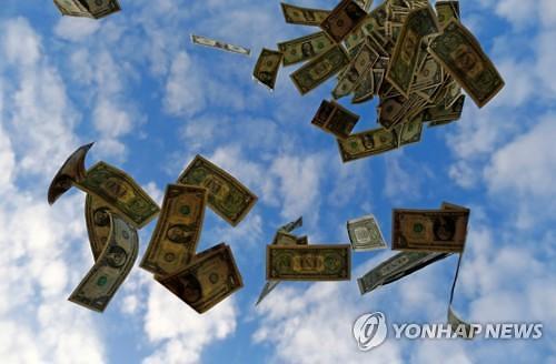 """[코로나가 소환한 부유세] ①""""부자들 세금 더 내라""""...세계 각국 논의 활발"""