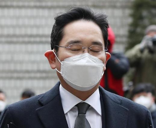 又进去了!三星李在镕获刑2年零6个月当庭被捕