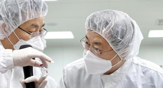 """""""노바백스 백신 2000만명분, 이르면 5~6월 공급"""""""