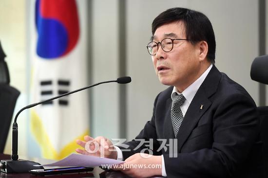 """신동헌 시장 """"음식문화거리 활성화 각종 지원사업 적극 추진할 것"""""""
