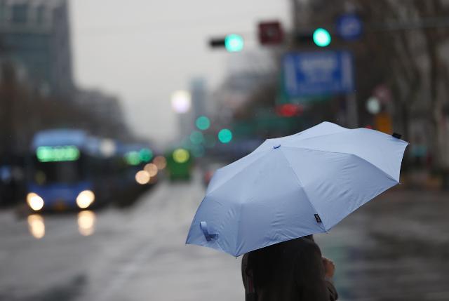 21일 오전까지 전국 비·눈 이어져···낮 최고기온 7~14도