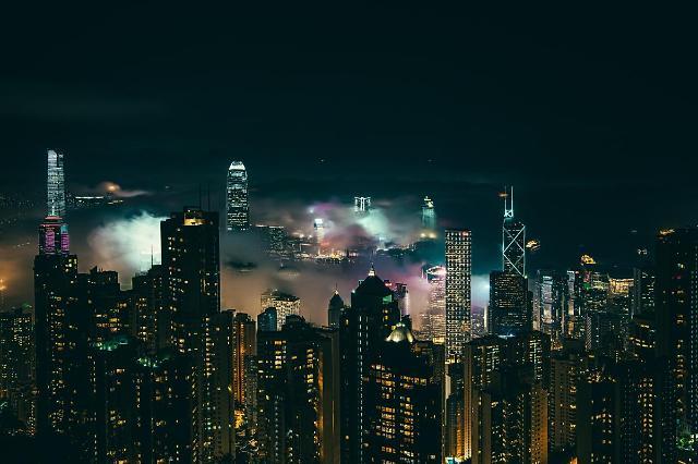 [NNA] 홍콩 거점 日기업, 4분기 실적 개선 35%