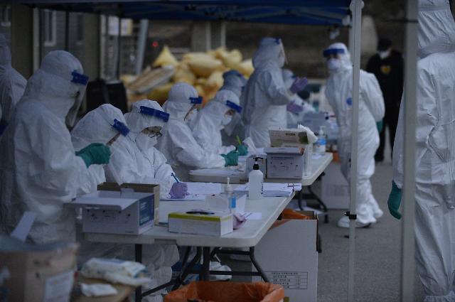 오후 9시 서울 확진자 127명…광주 집단감염으로 전국 확진자 급증 예상