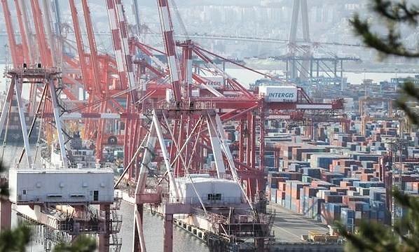 调查:韩出口企业认为今年出口有望上涨7.4%