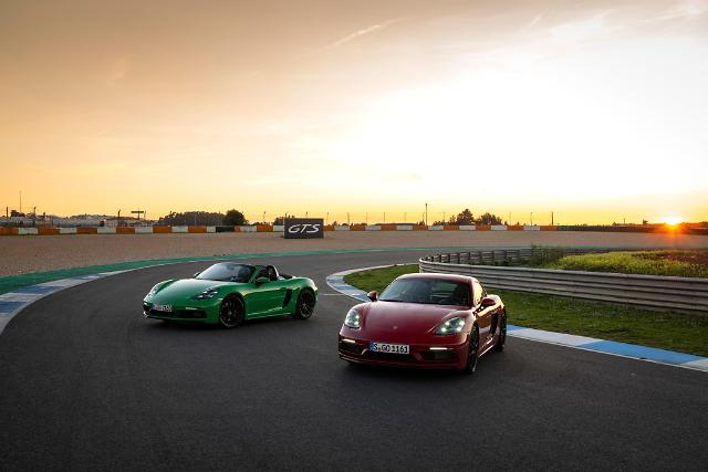 포르쉐, 스포츠카 718 GTS 4.0 출시…1억1670만원부터
