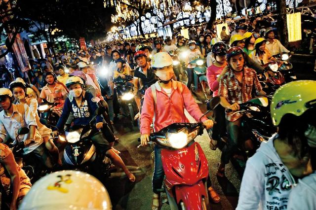 [NNA] 베트남 정부, 2030년까지 노동시장 발전지원 계획 공포