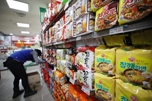 S. Korean ramyeon exports hit record high in 2020 due to COVID-19