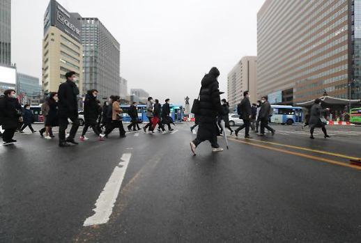 春节假期结束 打工人重返工作岗位