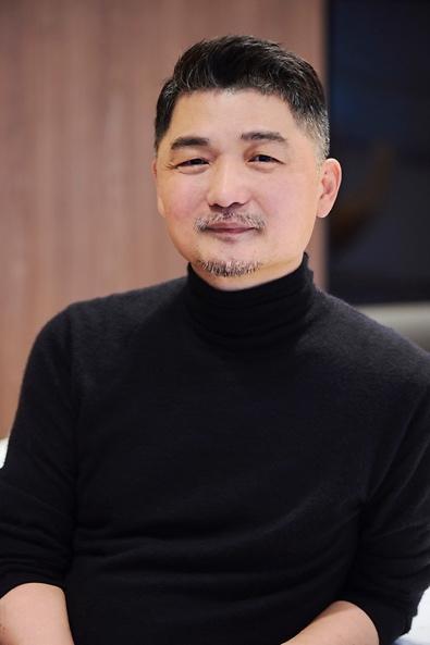 재산 5조 기부 김범수, 새해 첫 사회공헌은 사회활동가 지원