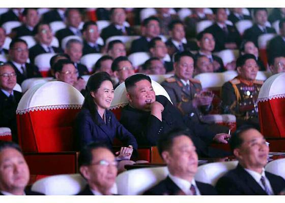 朝鲜第一夫人李雪主时隔1年时间再次出现在公众视野