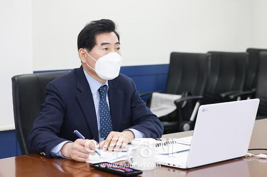 """김상돈 의왕시장 """"환경친화도시 조성에 최선 다할 것"""""""