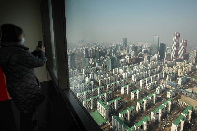 중국인이 아파트 싹쓸이?…외국인 토지거래 법안 발의 속속