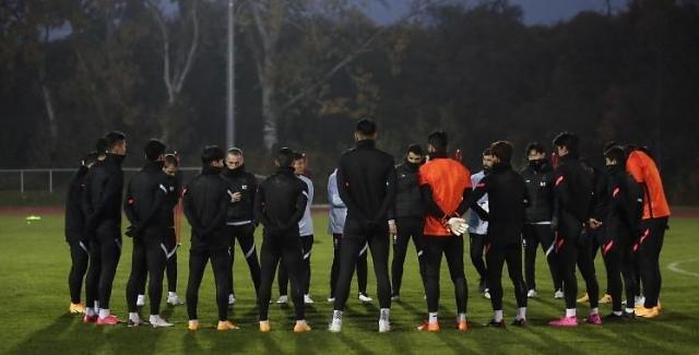축구선수 성폭행 폭로에...전국민 다 아는 사람 추측 확산