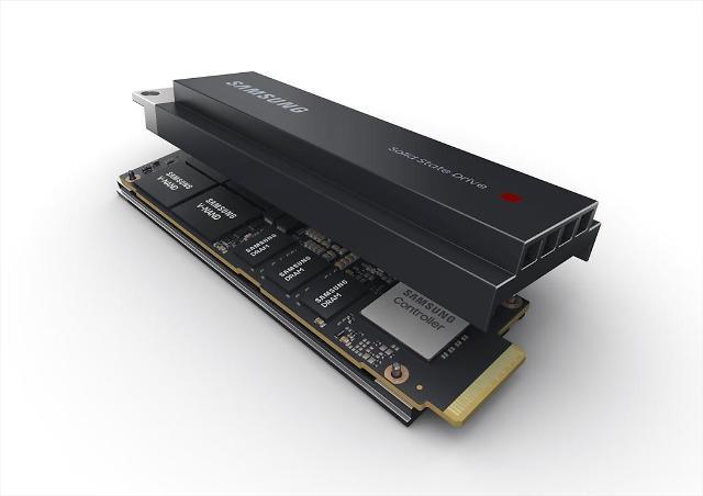 高性能数据中心背后的动力 三星量产SSD PM9A3 E1.S