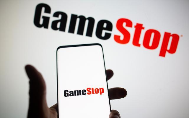 [뉴욕증시] 게임스톱 주가 103% 폭등 거래정지…이유는?