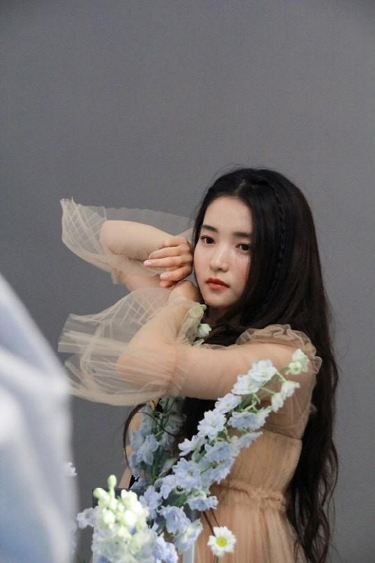 [슬라이드 뉴스] 승리호 김태리 화보 B컷? 에이~ 거짓말