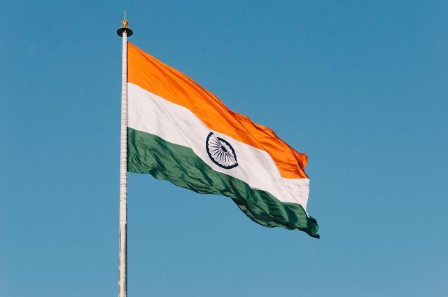 [NNA] 印 하리아나주 고용법, 주지사가 서명