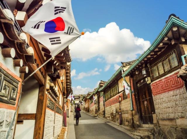 一点儿也不意外!调查显示这国民众最不待见韩国人