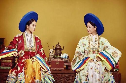 Xu hướng phục dựng cổ phục Việt và sự góp sức của giới trẻ