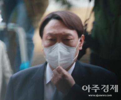 [윤석열 후폭풍]①대선 지지율 1위…檢 조직혼란 여전