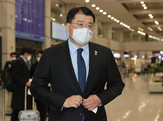 """""""주일미군 전투기 정비비용도 한국이 내라"""" 트럼프 몽니에...文, 협상 중단"""