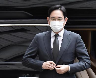 삼성 합병·분식회계 재판 재개…이재용 불출석