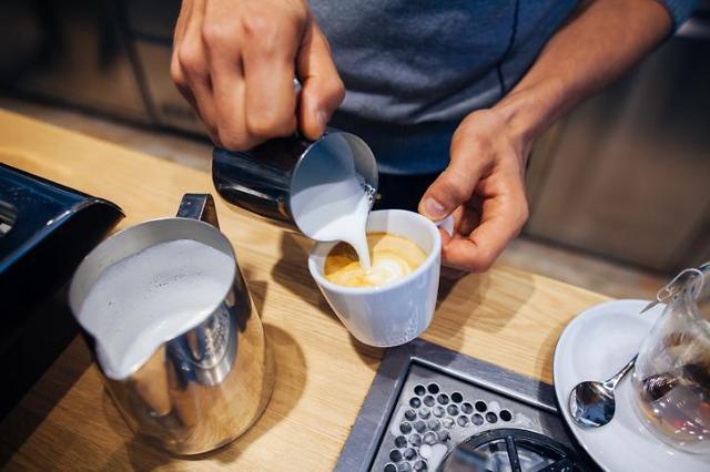 [홍승완의 짠내일기] ⑤ 라떼는 말이야…커피가 아니라 짠테크야