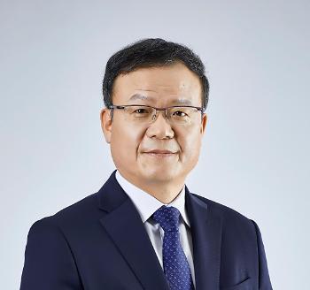 """백복인 KT&G 사장, 주총서 재선임 확정···""""최장수 CEO, 막중한 책임감"""""""