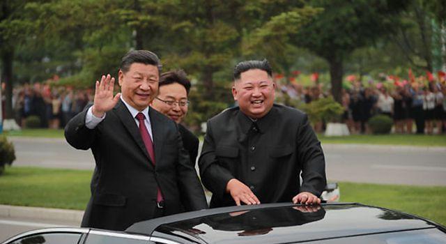"""김정은, 시진핑에 구두 친서....""""적대세력 전방위적 도전에 협력 강화"""""""