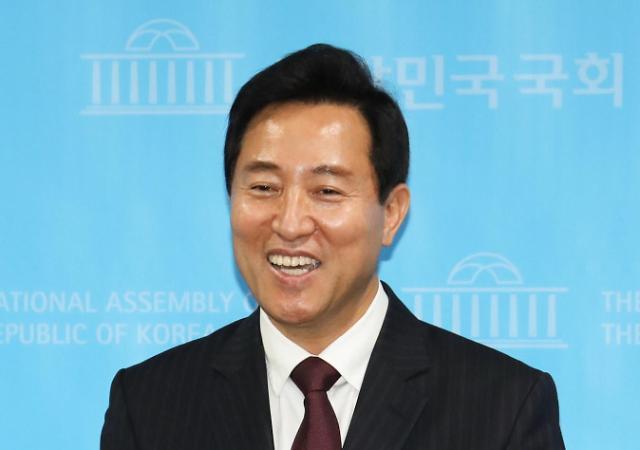 在野党首尔市长候选人单一化民调:吴世勋获胜